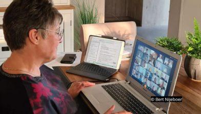 Jolanda Nijeboer in de digitale raadsvergadering