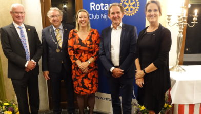 Nieuwe bestuur (v.l.n.r.) Dieter van de Castel, Kees van Baak, Merit Roodbeen, Arie Jongejan en Monique van Rooyen.