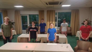 Achterste rij v.l.n.r.: Kevin, Kees; voorste rij: Hylke, Casper, Jelle, Thian