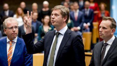 Links: Noordwijker Leendert de Lange