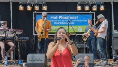 Cheyenne Toney trad op tijdens het Pleinfeest in 2016