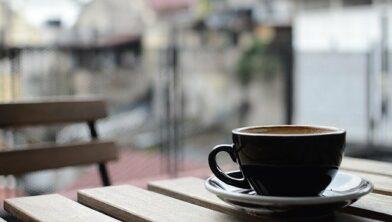 Toekomst: Peperbus koffie drinken op het Huiskamer terrasje