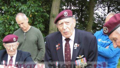 Frank Ashleigh vertelt over zijn landing in 1944