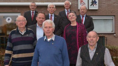 Cees Wichhart, Peter van Drunen, Frans Peters, Gerrit Eijmers en het bestuur
