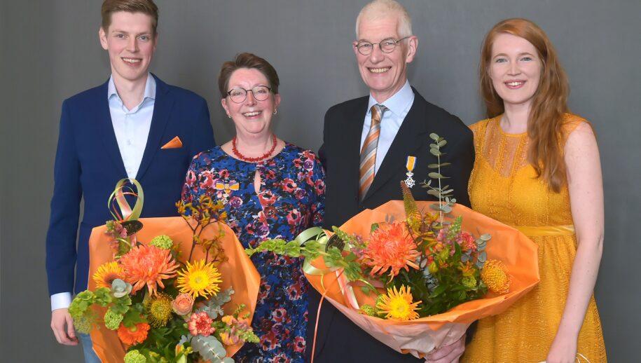 Mw. Marja en Michel van Tooren kregen vrijdag hun lintje al