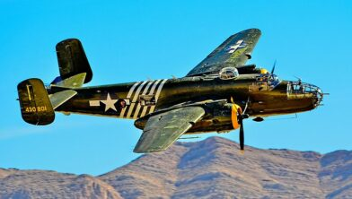 Een 1944 North American B-25J Mitchell