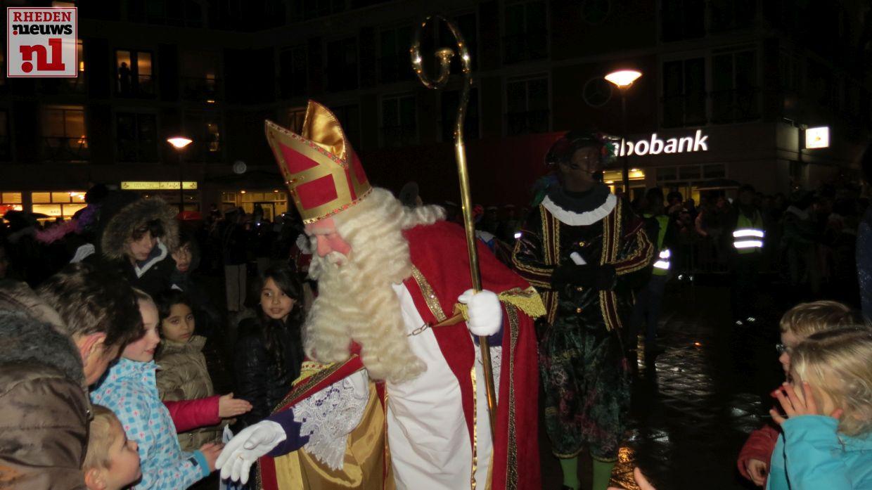 Spelletjesmiddag en Sinterklaas intocht in Velp - Het Rheden Nieuws