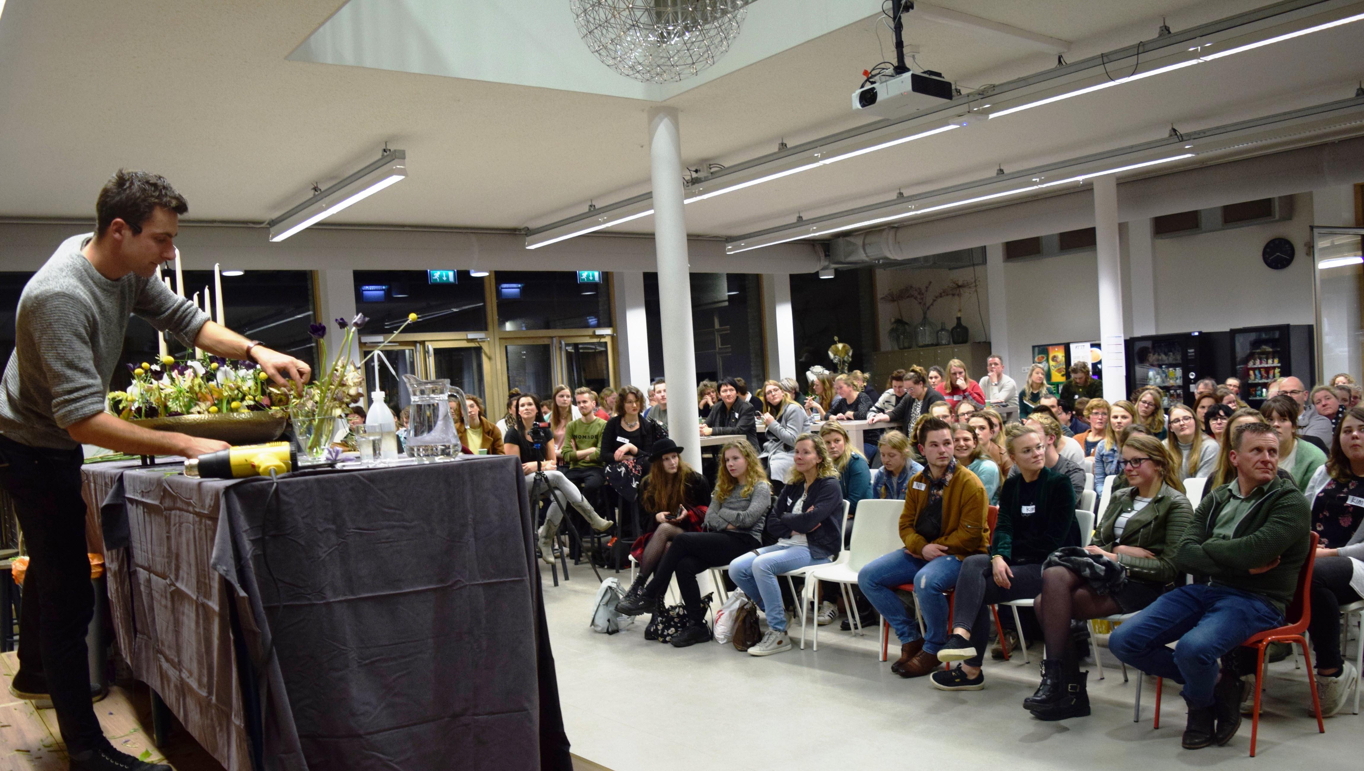 Bloemschikdemonstratie - Sören van Laer - Aeres MBO Velp
