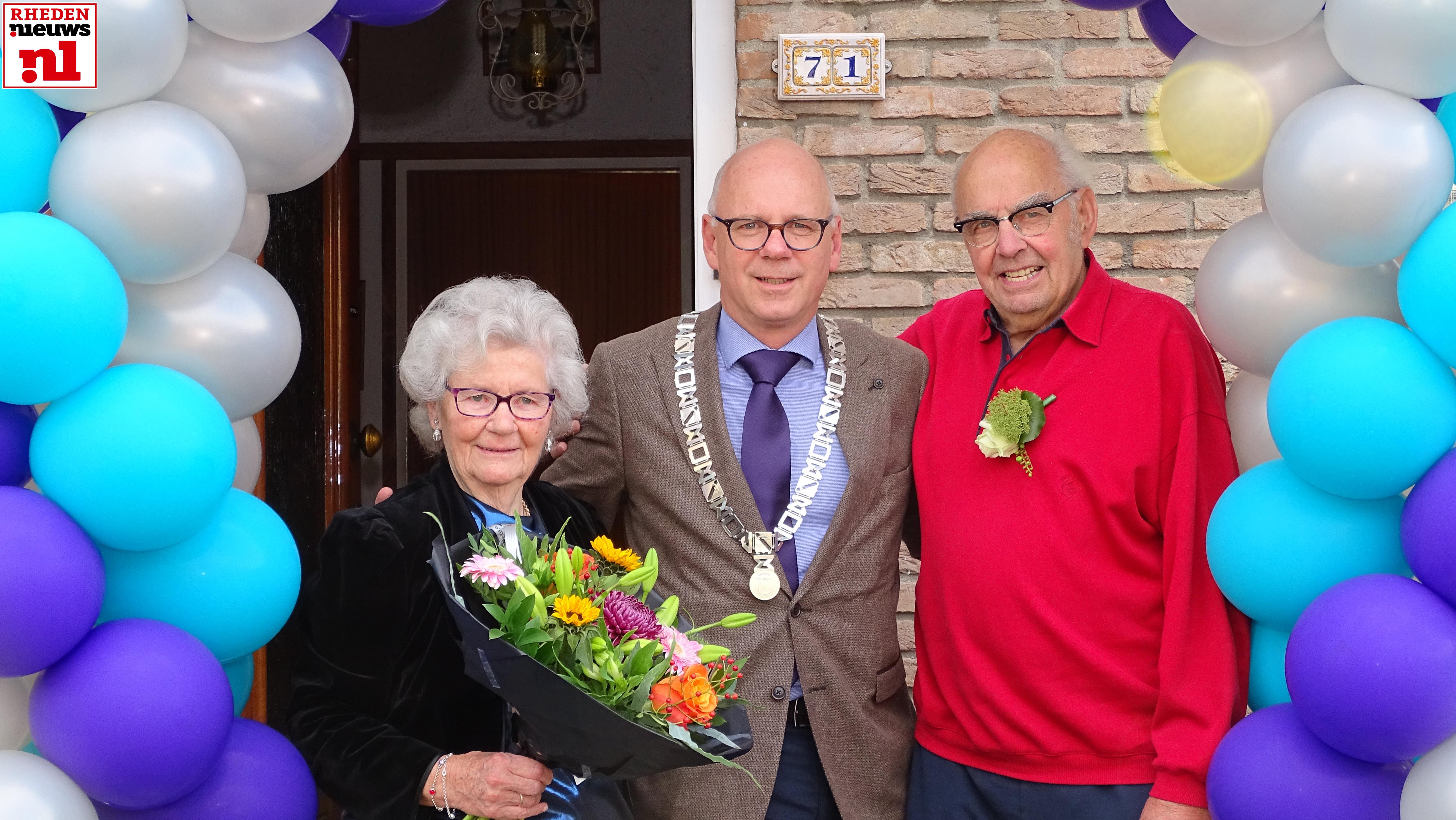 Echtpaar Westra Kaatman 65 jaar getrouwd