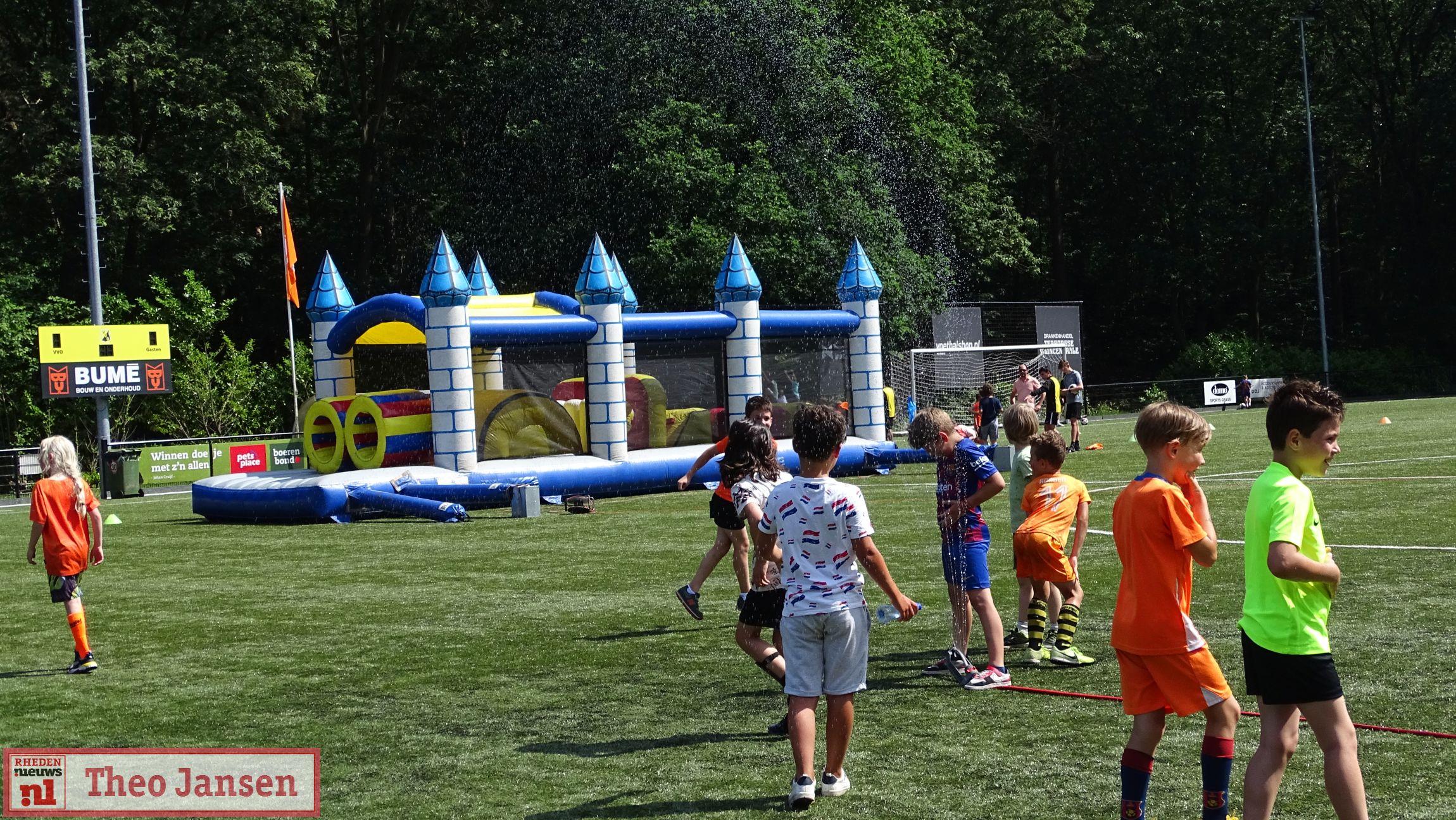 18-06-2021 - Geslaagd Oranjefestival bij Velpsche Voetbalclub Olympia (VVO)