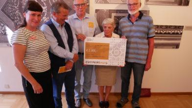 Eerste donatie -Stichtin Vrienden aan Cuypershuis