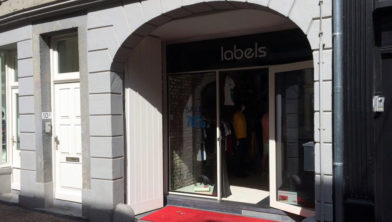 Labels, Sittard