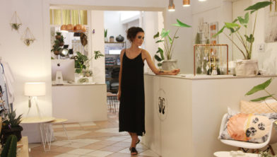 Joelle Boers in haar winkel in Geleen