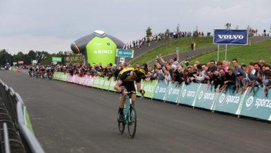 Lars Boom wint etappe BinckBank Tour 2017 in Sittard-Geleen
