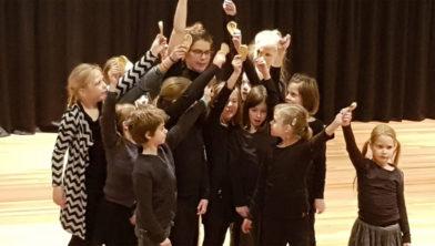 Drie leeftijdsgroepen maken theater