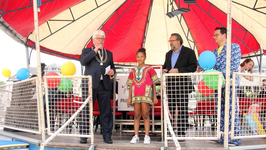 Lavinia Mbesa burgemeester voor één dag
