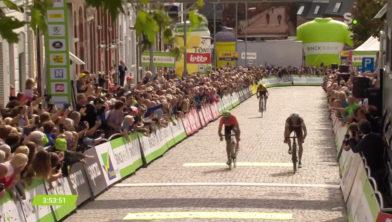 Naesens wint voor Van Avermaat, De Plus derde en tevens winnaar klassement.