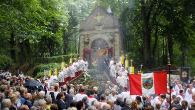 <em>Sint Rosaprocessie- foto uit 2013</em>