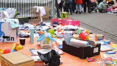 <em>Archieffoto - Vrijmarkt op Koningsdag</em>