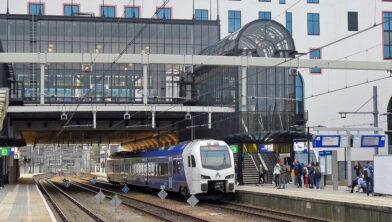 <em>De RE18 op station Heerlen</em>