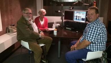 De deelnemers aan `Politiek van Opzied' in de studio