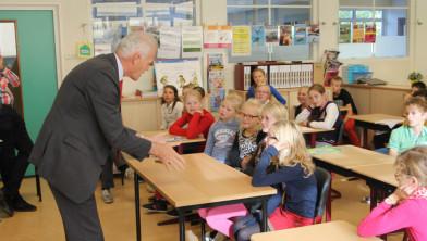 Burgemeester Alssema geeft les over duurzaamheid (oktober 2015)