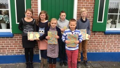 Kinderen na een geslaagde actie voor Stichting Jafet