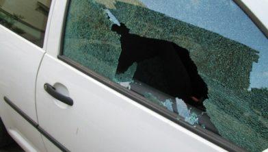 De waarschuwing om geen waardevolle voorwerpen in de auto te laten liggen blijft van kracht!
