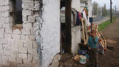 De woning van een gezin uit het voedselhulpproject van de HCR.