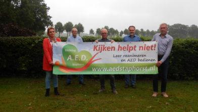 De bestuursleden: Els Buitenhuis, Wout Blom, Jan Vos, Harm Brand en Roelof Tuin (adviseur).