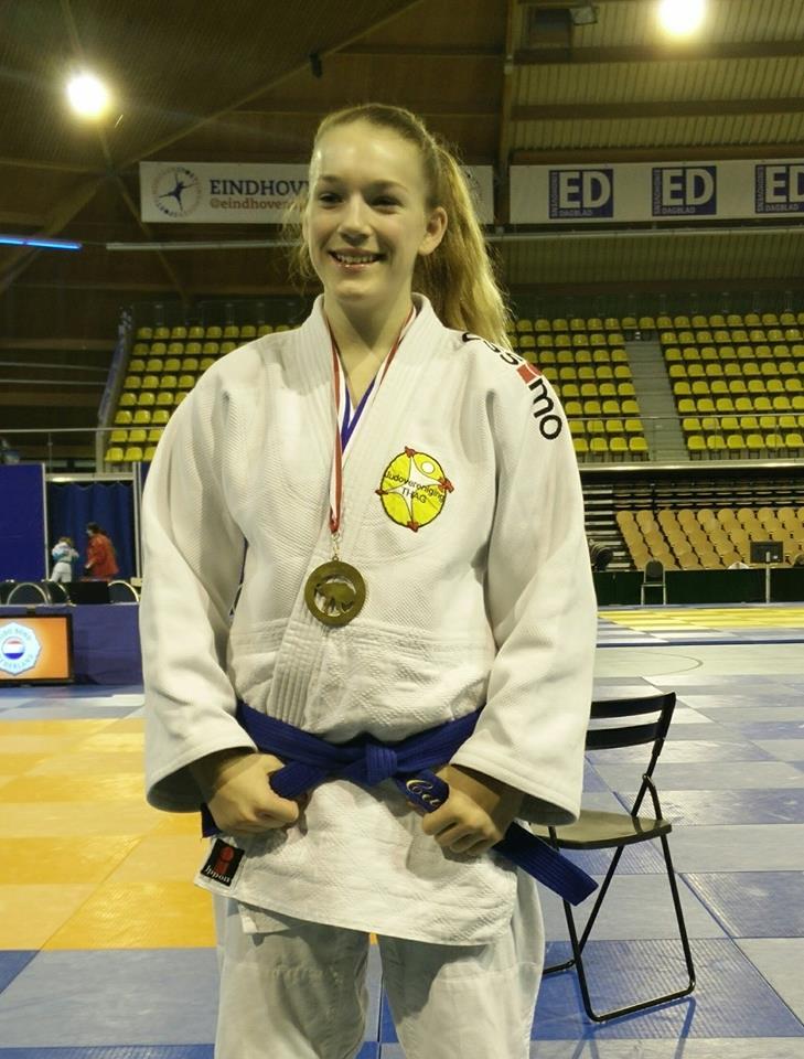 Goed resultaat Matthijs Woolderink, Carmen Dijkstra ...