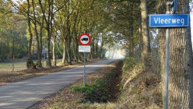 Kruising van Vleerweg en Hagweg, tussen Albergen en Harbrinkhoek