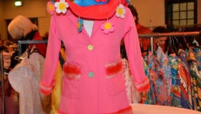 tweedehands carnavalskostuums
