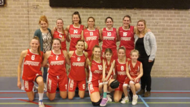 Jolly Jumpers 1 wint overtuigend - Tubbergen