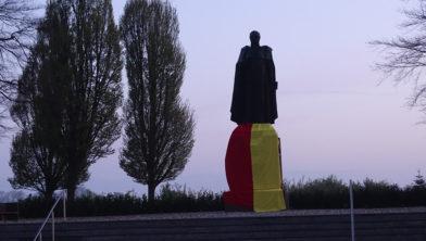 Standbeeld van dr. Herman Schaepman in STEVO-kleuren