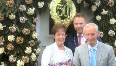 Henk en Marietje Kamphuis met Roy de Witte (midden)