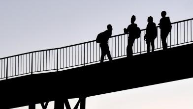 Buzinezzclub slaat brug tussen jongeren en maatschappij
