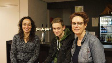 vlnr Annet Bannenberg, Rik van Hapert en Rian Hol