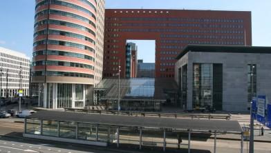 Landelijk Parket Rotterdam : Eis 24 maanden cel tegen oud wethouder van rey en