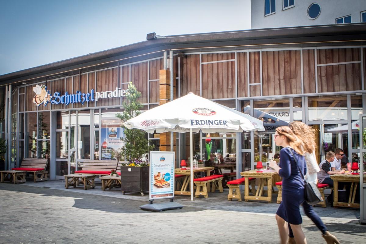 facebook hoeren aan het lapdancen in Venlo
