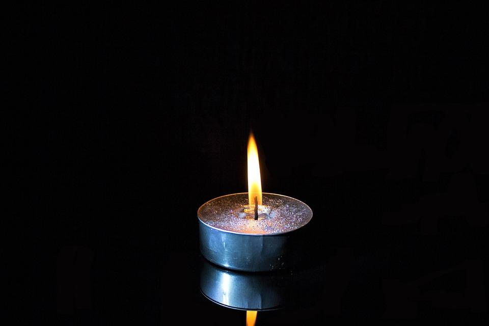 kaarsje-branden-overleden - venlo