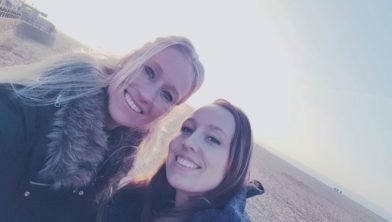 Rianne met haar zus Ciss