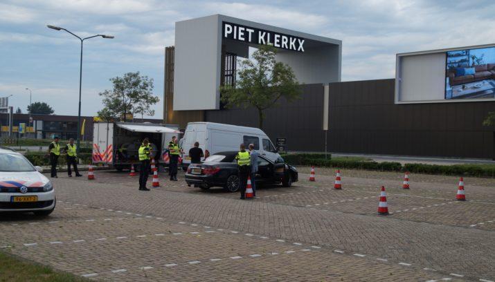 Piet Klerkx Website : Politiecontrole met belasting en douane bij piet klerkx waalwijk