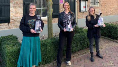 (V.l.n.r.) Manon Sluyter, Saskia Leijtens en Linda Moonen starten samen met de Waalwijkse Cadeauservice.