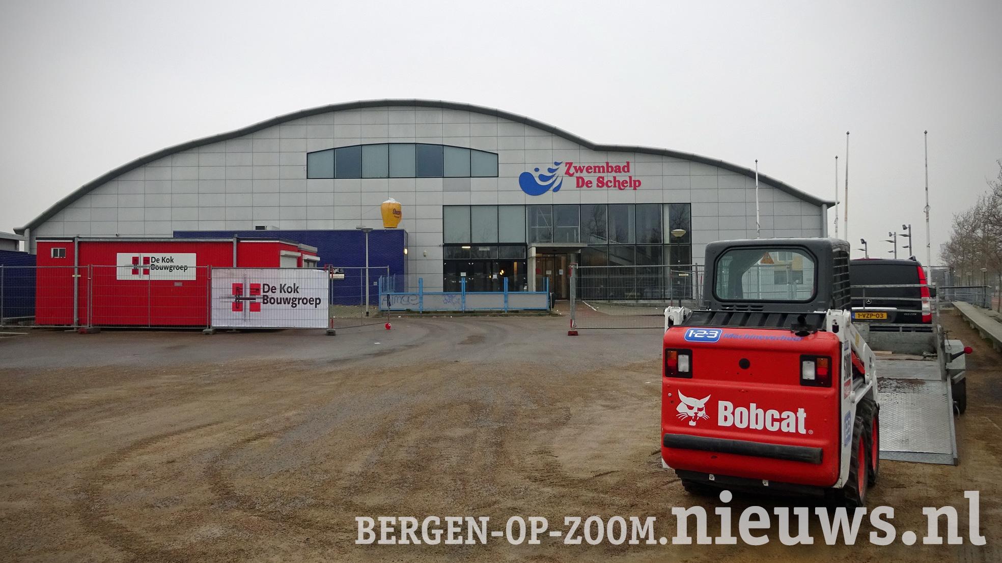 Zwembad De Schelp in Bergen op Zoom is dicht wegens verbouwing (foto januari 2019)