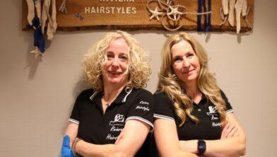 Esther van Herwijnen en Julienne Logghe