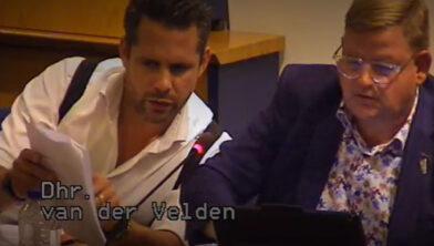 Wethouder Barry Jacobs (links) en wethouder Patrick van der Velden (rechts).