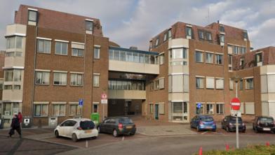 Het voormalige gemeentekantoor van Wijchen, gezien vanaf het Europaplein