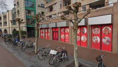 Nu er camera's hangen bij het station worden er meer fietsen in het centrum gestolen, volgens de VVD.