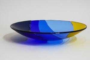xx Zee grote schaal in blauw en geel glas zonder tekst